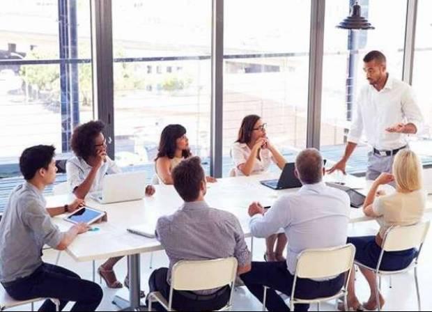 Formation VAE CAFDES: s'entraîner à l'oral pour réussir l'entretien face au jury